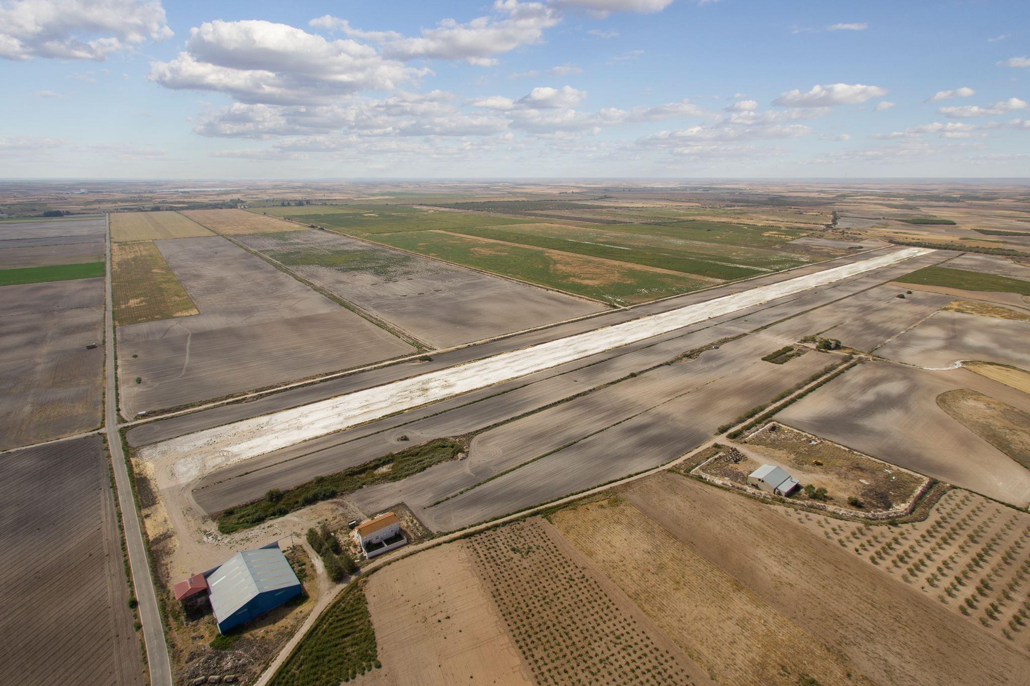 Aeródromo La Mancha LEMX Quero