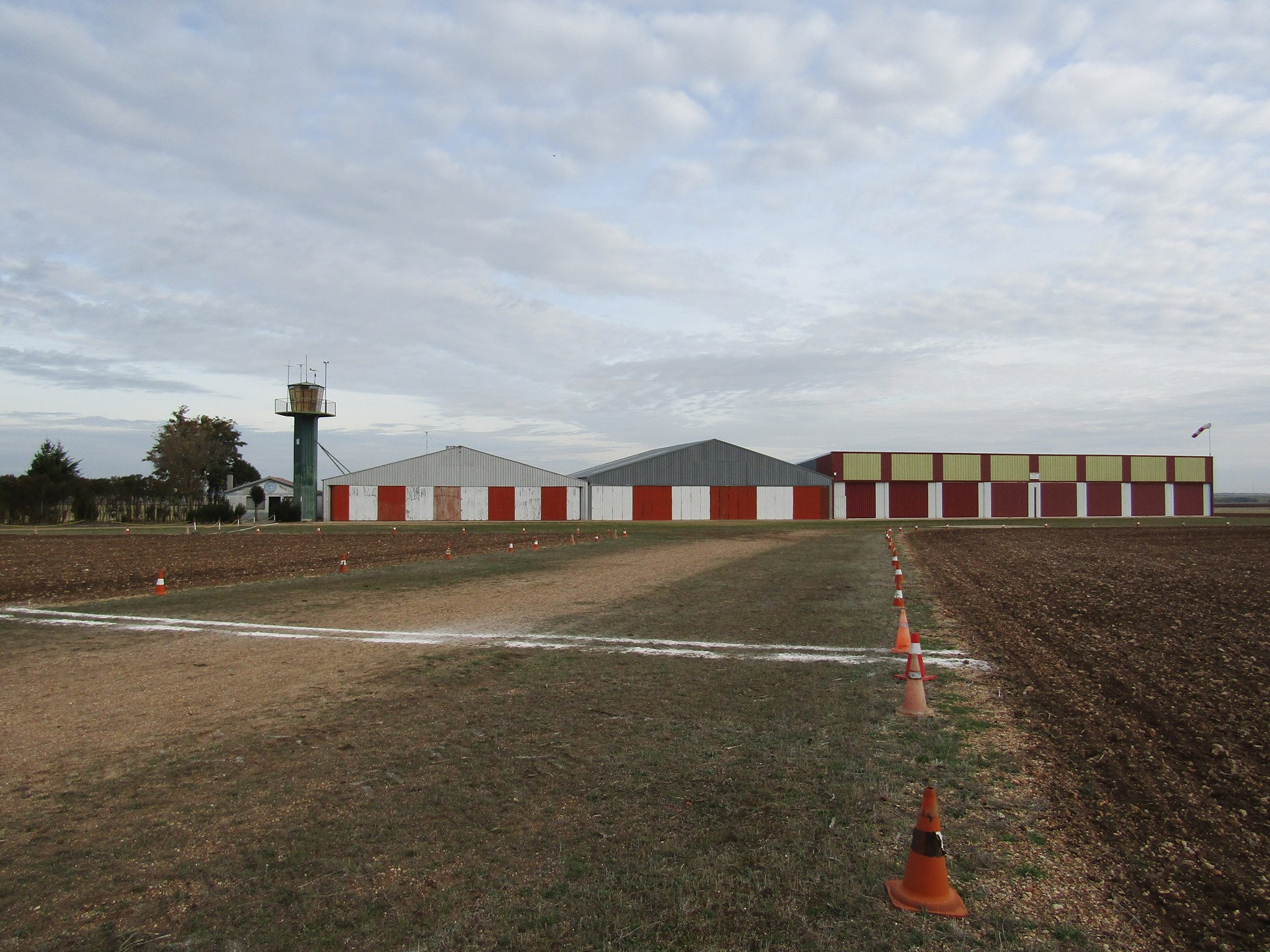 Aeródromo Calzada de Valdunciel LEUN