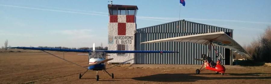 El aeródromo Esparver, también conocido como aeródromo municipal El Busto